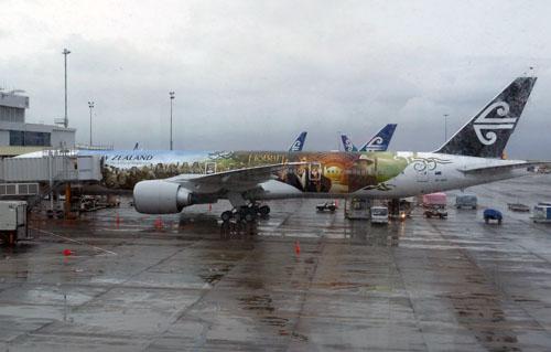 Auckland - Air Pacific plane advertising The Hobbit movie