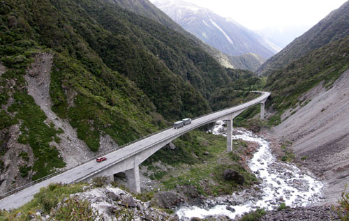 Death's Corner Viaduct near Arthur's Pass