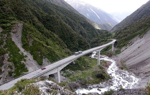 Death's Corner Viaduct near Arthur's Pass