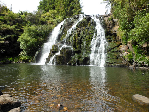 New Zealand, North Island - Owharoa Falls