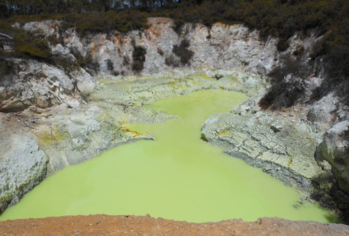 New Zealand, North Island - Waiotapu Thermal Wonderland, devil's cave