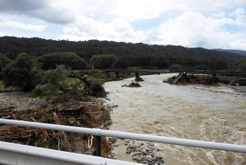 New Zealand, South Island - Inangahua to Reefton, damage after the floods