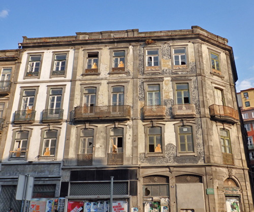 Run down buildings, Porto, Portugal